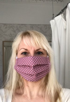 Face Mask rose polka dot, washable, built in filter