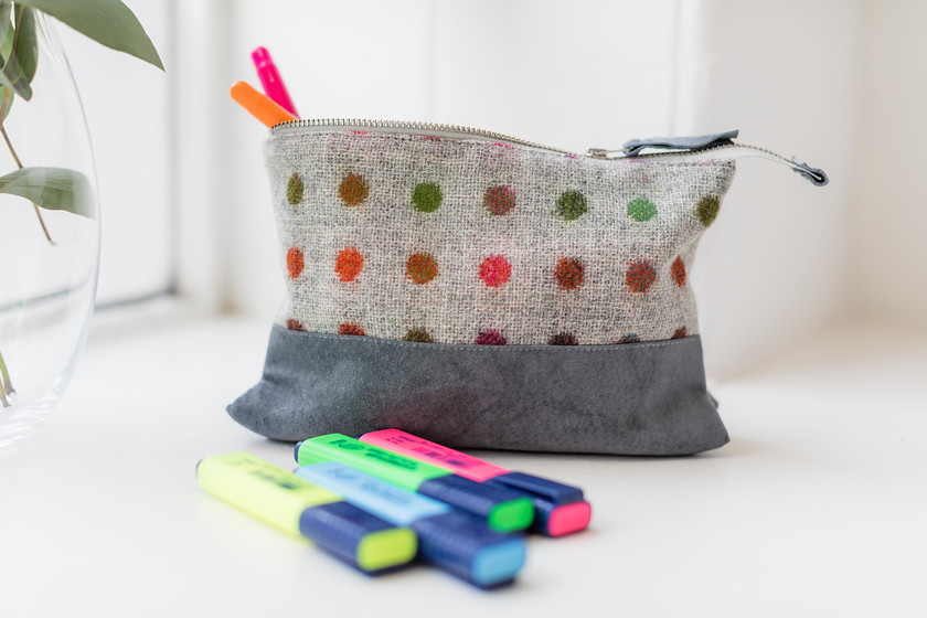 wash bag - pencil case - makeup purse