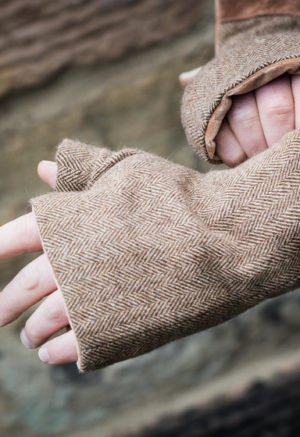 Men's fingerless gloves brown