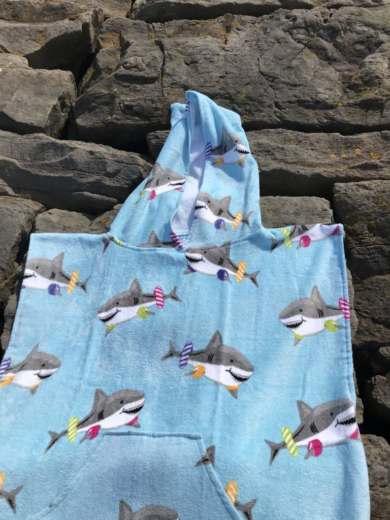 changing towel shark design