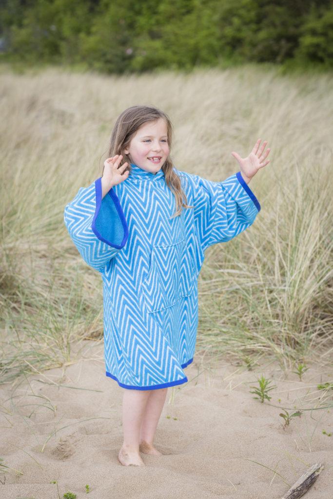 beach poncho blue