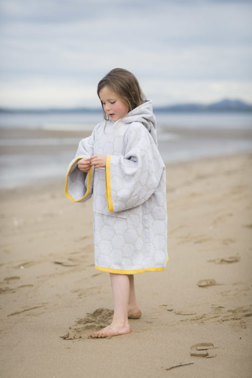 changing robe grey and yellow for kids